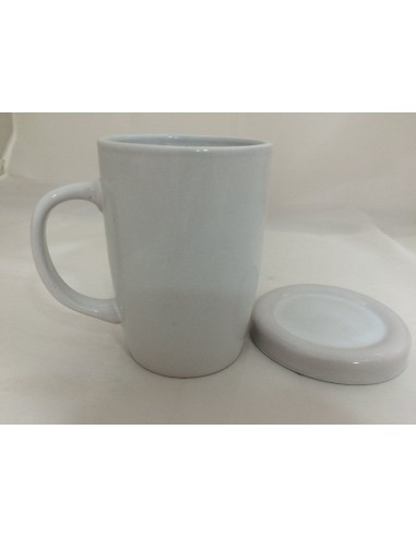 Cup with passak lid